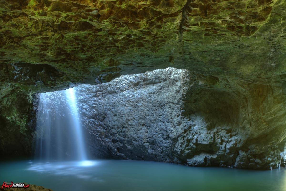 110917 Waterfalls Natural Bridge 028_29_30_31_32_33_tonemapped - Copy.jpg